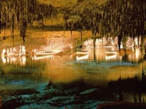 Cavernas-del-Drach-de-excursão-em-Mallorca